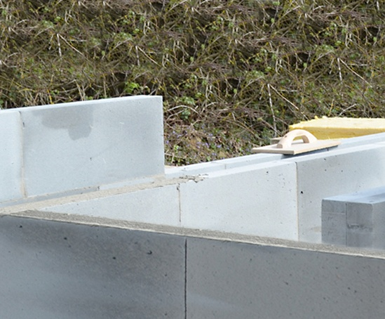 Celcon Thin-Joint system for aircrete blockwork