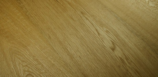 New handscraped engineered oak flooring