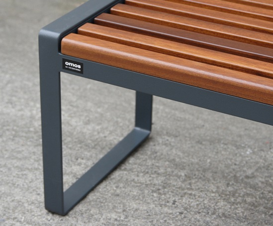 Omos s22 galvanised steel bench with iroko seat