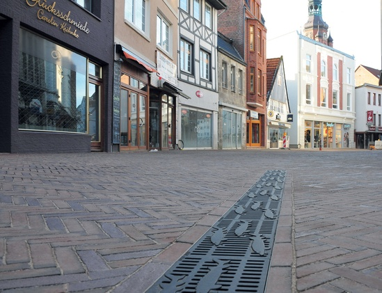 Bespoke Freestyle grating for historic town street