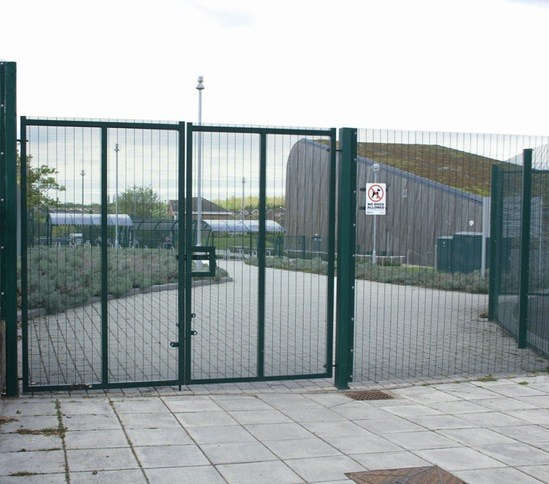 Lockmaster™ double and single leaf swing gates cld