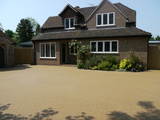 Addaset resin bound surfacing on residential driveway