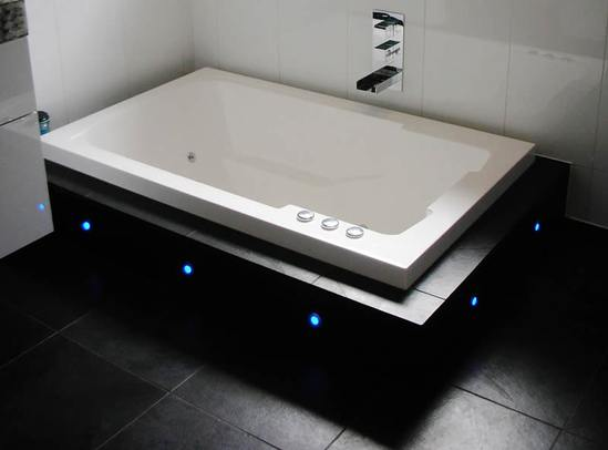 Nirvana japanese style deep soaking tub design form for Deep baths