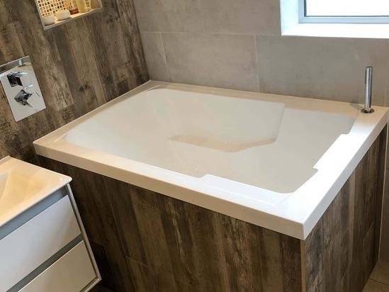 Nirvana deep soaking tub