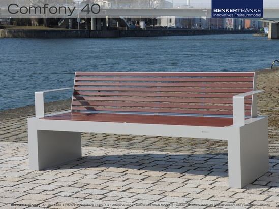 Benkert Comfony 40 bench with armrests