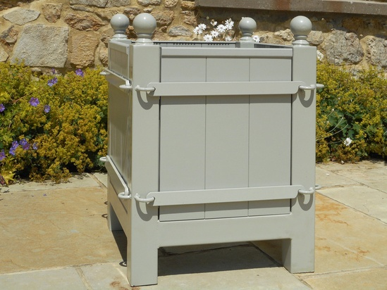 Tree box with steel frame and removable timber panels