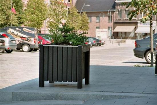 Plaza recycled plastic public realm planter
