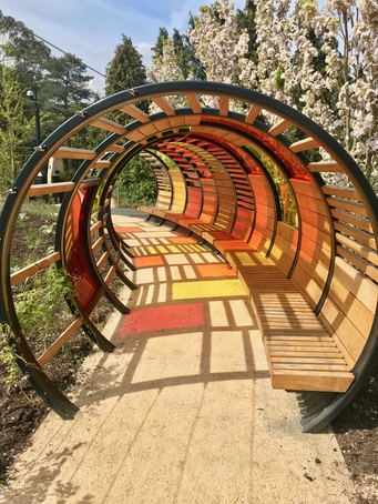 Tunnel Hoops - Kew Children's Garden