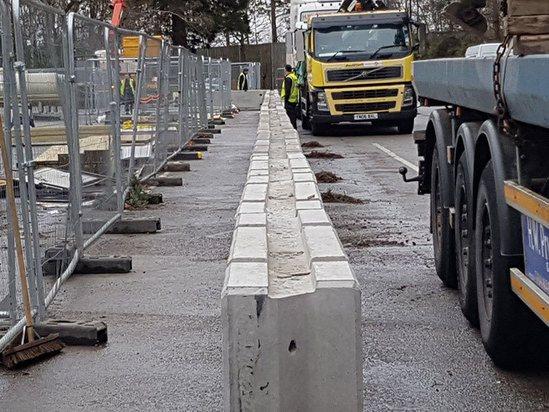 Temporary vertical concrete barriers tvcbs elite