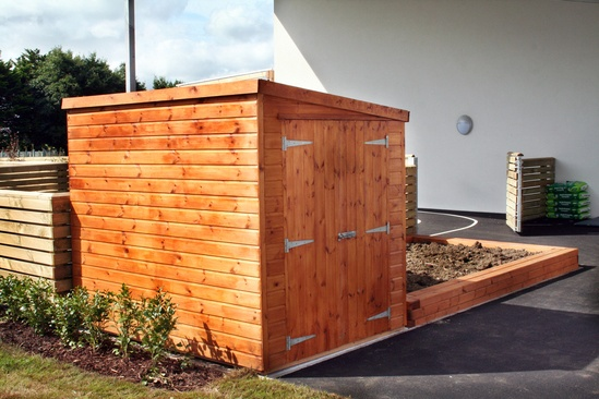 Sheldon Redwood Timber Storage Shed - SSS301