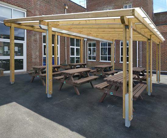 Bespoke school shelter - Cornerstone Academy, Poole