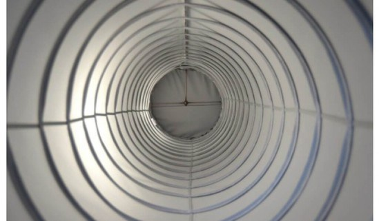 Spiral reinforcement helix for fabric ducting