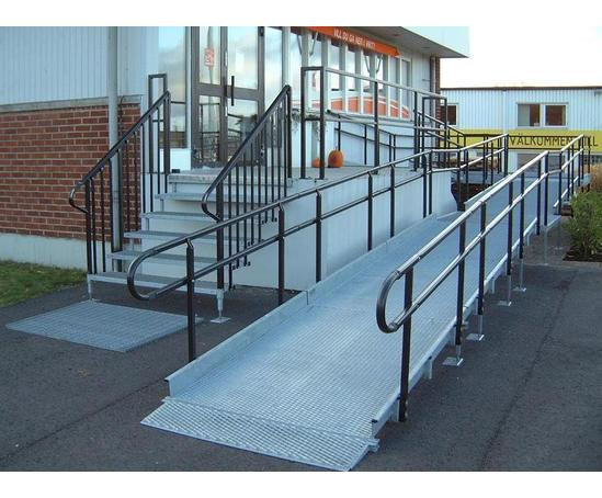 Modular wheelchair ramps ramp people esi building design for Prefab wheelchair ramp