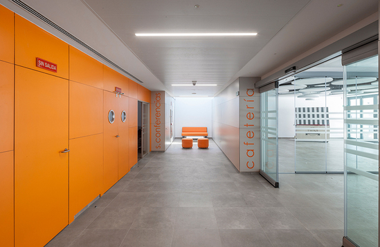 Doors with colourful laminate from Formica