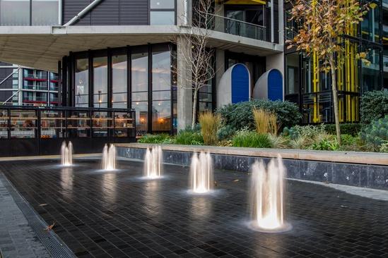 Dry plaza fountains, Riverlight residential development