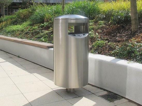 ZEN580 Zenith post mounted litter bin