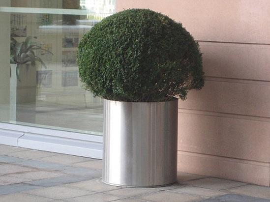Seville aluminium circular planter