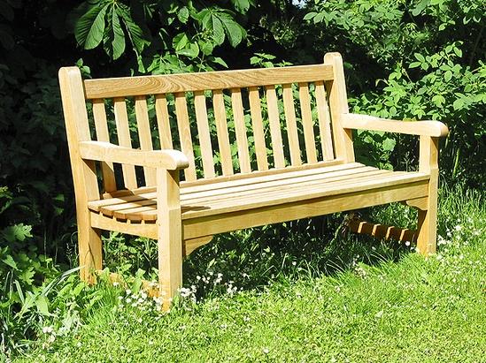 Glenham Timber Seat