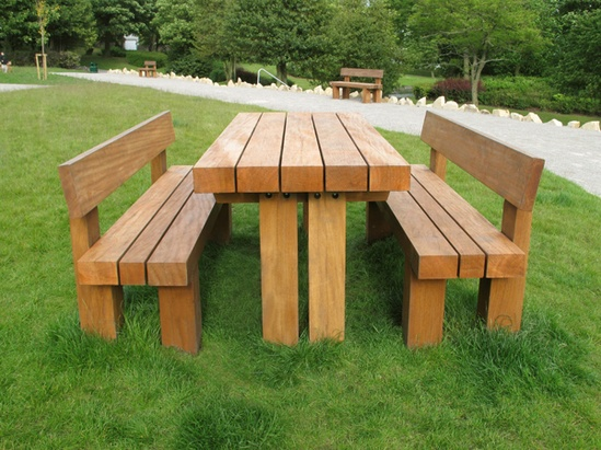 Cheshunt Timber Table shown with the Cheshunt Timber Se