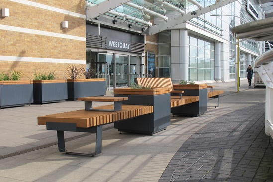 RailRoad planters and integrated seating