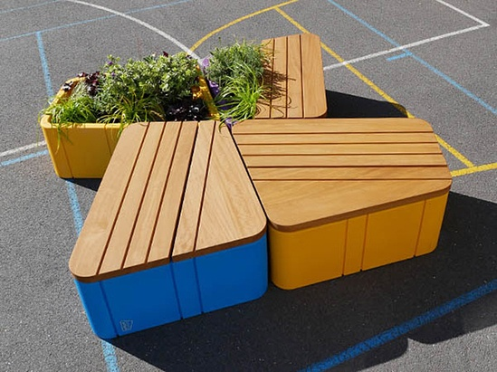 Uniun seating and planters