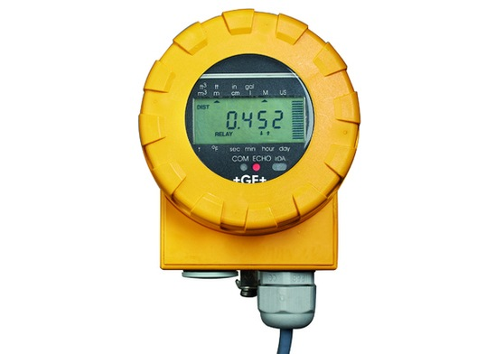 Type 2260 ultrasonic level transmitter