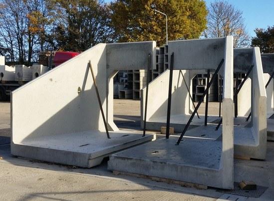 CSP precast concrete box culvert headwalls from Althon