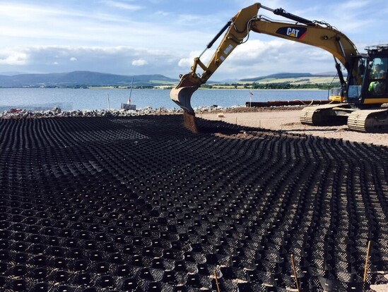 Geoweb® load support for Invergordon service base