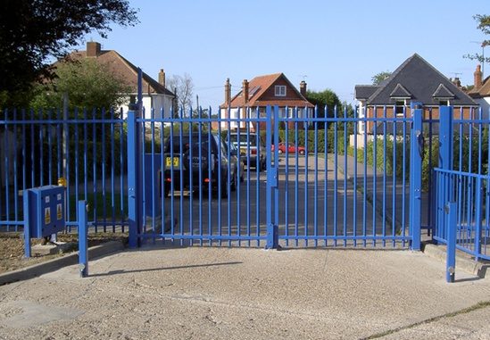 Gate automation, legislation and safety