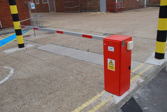 Electric Lift Assist Arms : Automatic rising arm barriers jacksons fencing esi