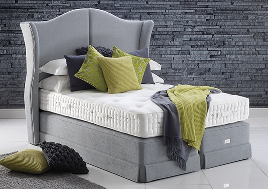 Clarence Supreme bed