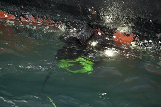 Seabotix ROV in action