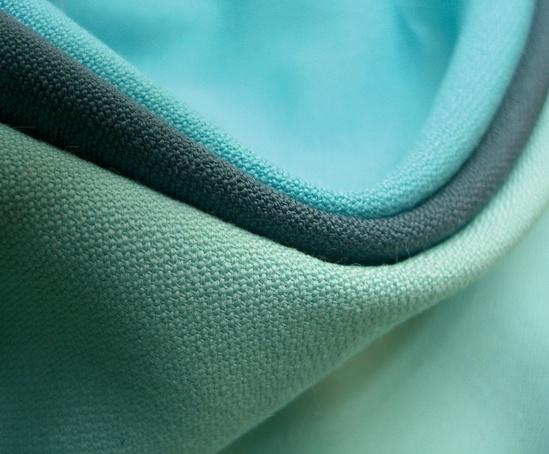 Oxygen lightweight wool fabric
