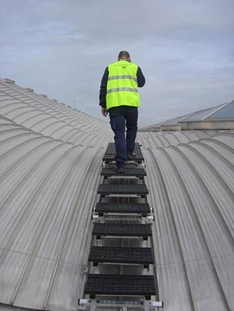 Kee Walk® roof top walkway system