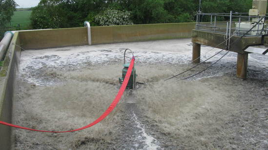 Floating aerators hired to support ASP at Flag Fen STW