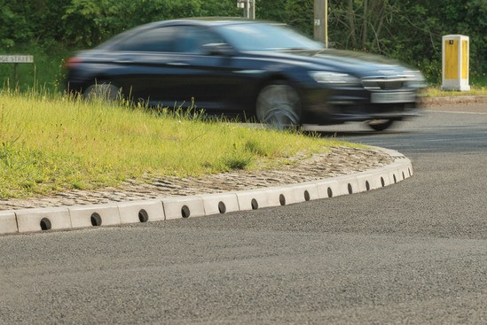Mono Beany combined kerb and drainage – A21 East Sussex