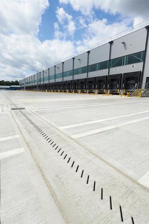 Drexus XL high capacity linear drainage system