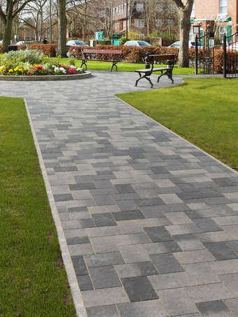 Coppice block paving - Pennant Blend