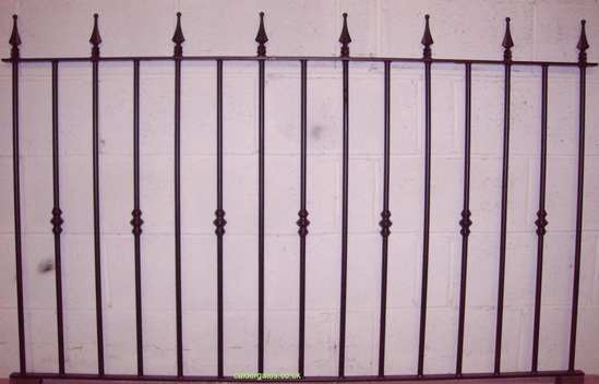 ASF Colne arrow top steel railings