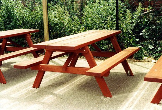 Woodland traditional hardwood picnic table