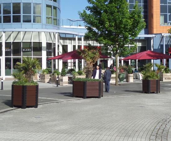 Beaufort hexagonal planters