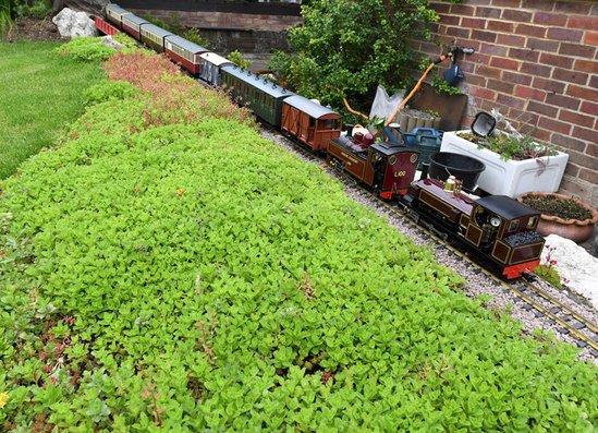 Enviromat installed around garden model railway for Garden railway designs