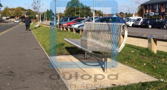 The AUTOPA open spaces Rockingham Seat