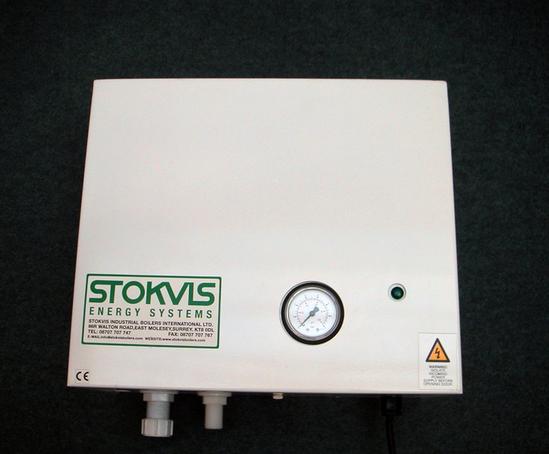 Econopress Mini wall-mounted pressurisation unit