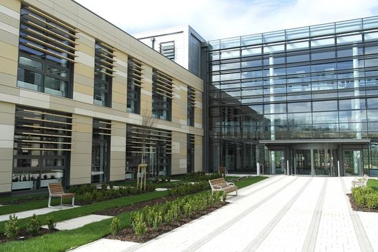 Portiqoa external seating, Bath Spa University