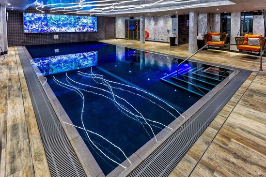 Luxury hotel pool