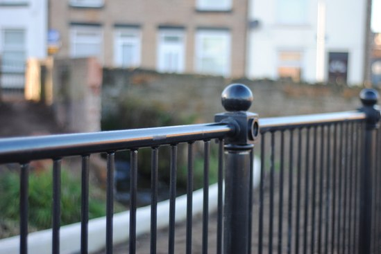 galvanized and powder coated dec ped guardrail