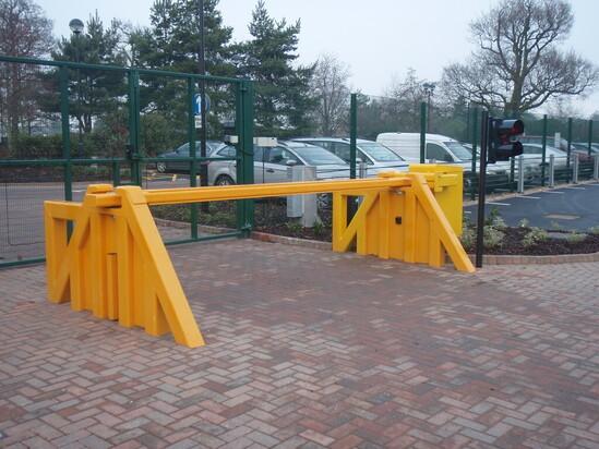 PAS68 Rising Arm Barrier