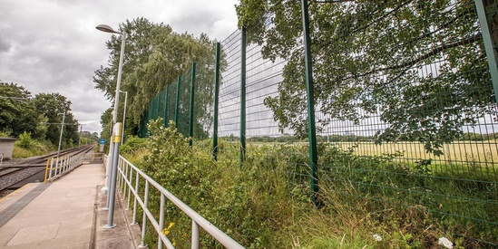 TwinSports ball stop fence for sports and leisure areas