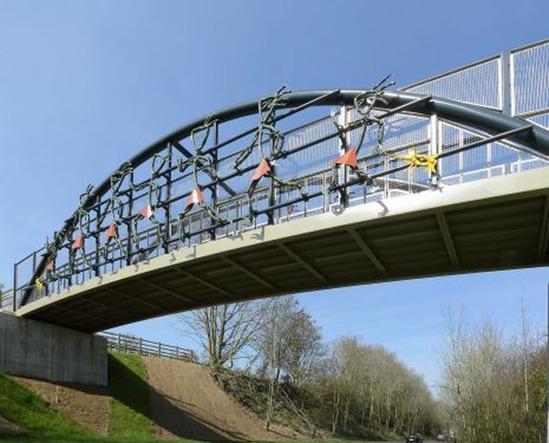 Bow tied arch cycle bridge - Picket Twenty, Andover
